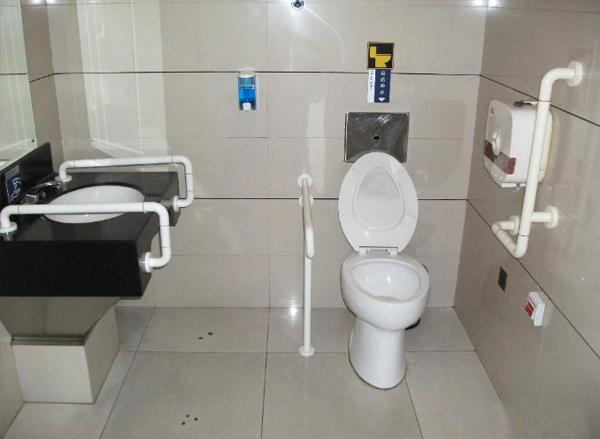 衛生間殘疾人扶手設計規范及標準